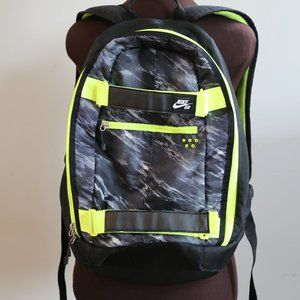 NIKE SB SkateBoard Embarca Medium Backpack Black